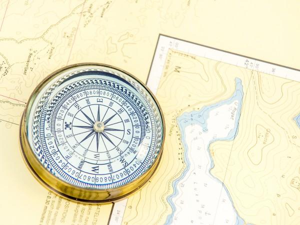 Tisch-Kompass